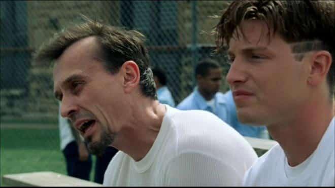 "que significa a palavra ""tweener"" na série Prison Break?"