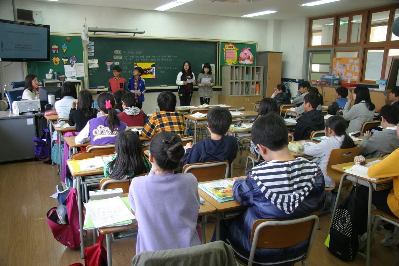 Bilingual Education or English Immersion? Which are the best ESL Teaching Method?
